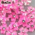 BlueZoo Nuevo 100 unids Rosa Roja Flor Del Trébol Espárragos Rhinestone de Acrílico De Resina Nail Art Decoración Flor De Clavo 3D arte
