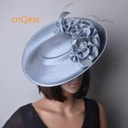Zilvergrijs Grote Formele jurk hoed Matte satijn tovenaar kentucky derby hoed bruiloft hoed Kerk hoed.