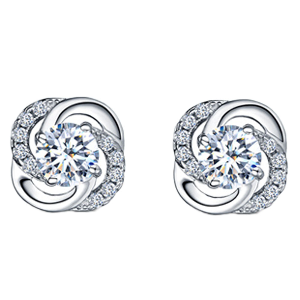 Newly Arrival Elegant And Charming Silver Plated Four Leaves Clover Shaped Woman Earrings Jewelery Accessories