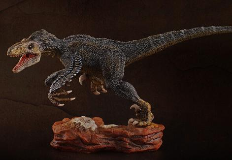 Dinosaur Animals Model Winder Hunter Utahraptor Classic Toys For Boys Children With Retail Box