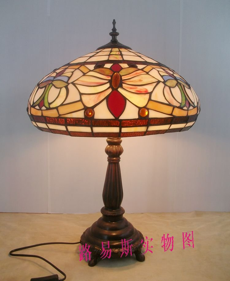 40CM stained glass table lamp Tiffany lamps of Europe, American decorative lighting room bar Office of classical art