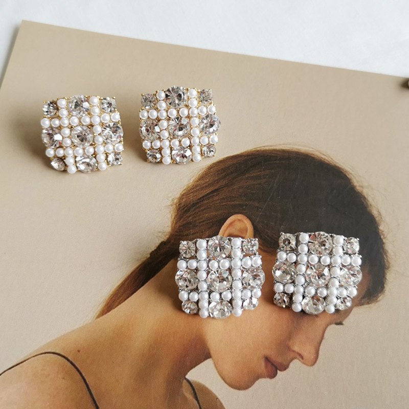 2019 Temperament Square Imitation Pearl Rhinestone Ear Stud Earring Charming Fireworks Shaped Earrings Lady Party Earing Jewelry Strong Packing