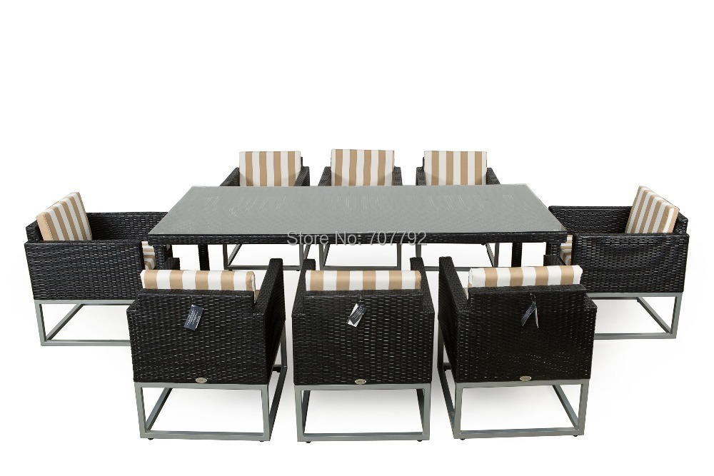 2017 Top Sale Modern Outdoor Rattan Dining Table And Chairs