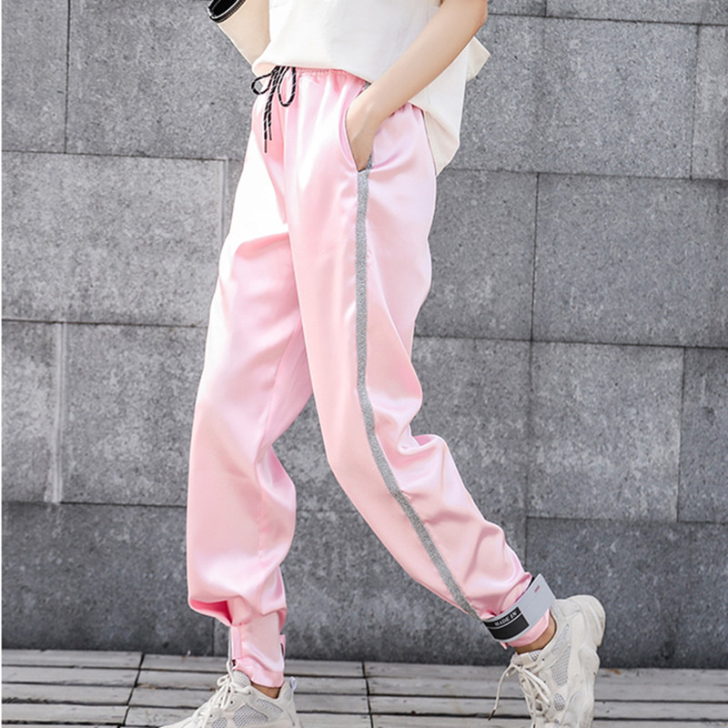 Real shot 2019 new sports pants female spring and autumn students Korean version of the loose Harlan casual pants