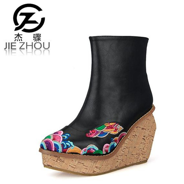 2019 autumn retro embroidery women boots high-heeled female short boots slope heel platform boots damski boty