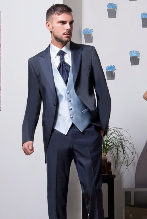 Custom Made Groom Tuxedos Navy Blue Groomsmen Peak Lapel Wedding/Dinner Suits Best Man Bridegroom (Jacket+Pants+Tie+Vest) B588
