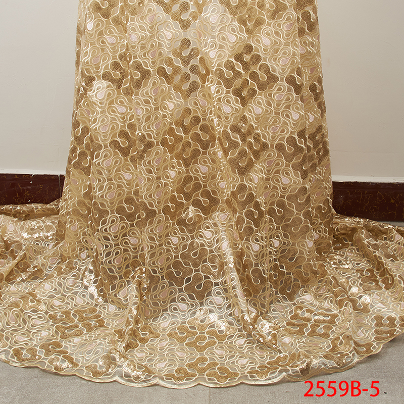 Image 2 - Latest Gold Sequins Lace Fabric 2019 High Quality Nigerian Lace  Fabrics with Sequins African Lace Fabric for Wedding APW2559B 5Lace