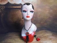 Window Display Fashion Vintage Realistic Fiberglass Dummy Mannequin Head Hat Scarf Glasses Wig Display Female Mannequin Head