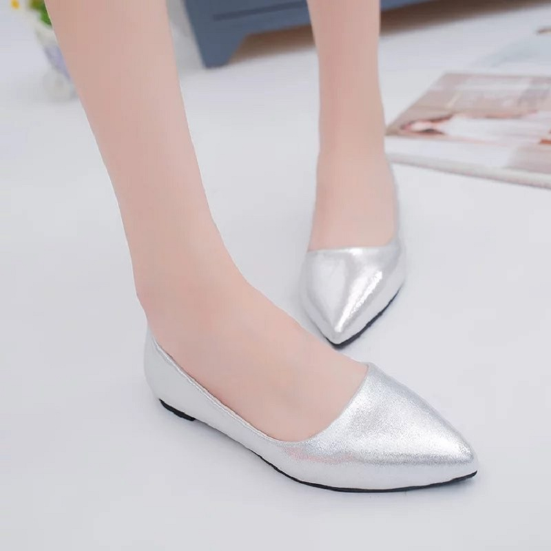 2019 summer flat bottom four seasons shallow mouth large size women's shoes pointed fashion shoes