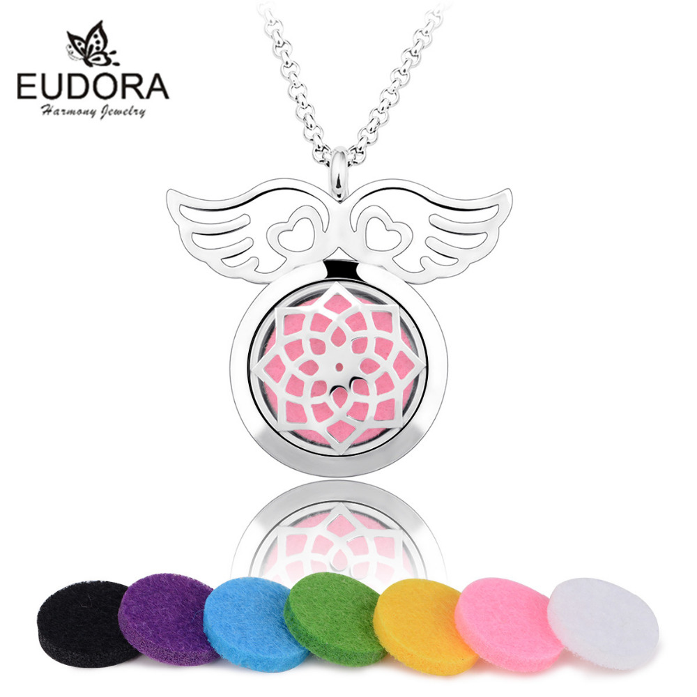 Hollow out Angel Wings Design Aromatherapy Pendant Necklace Oil Diffuser Choker Collier Felt Pad Perfume Long Necklaces