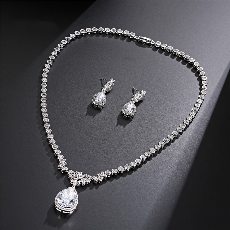 Fashion Necklace Earrings Set Korean Version Of The Simple Fashion Wedding Bridal Party Jewelry Set the wedding dress 300 years of bridal fashions