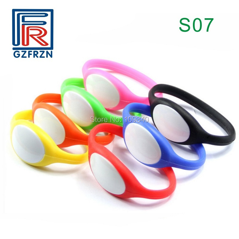 100pcs/lot S07 Style T5577 Sauna Silicone Plastic RFID Wristband 125khz Waterproof Bracelet For Hotel Access Control