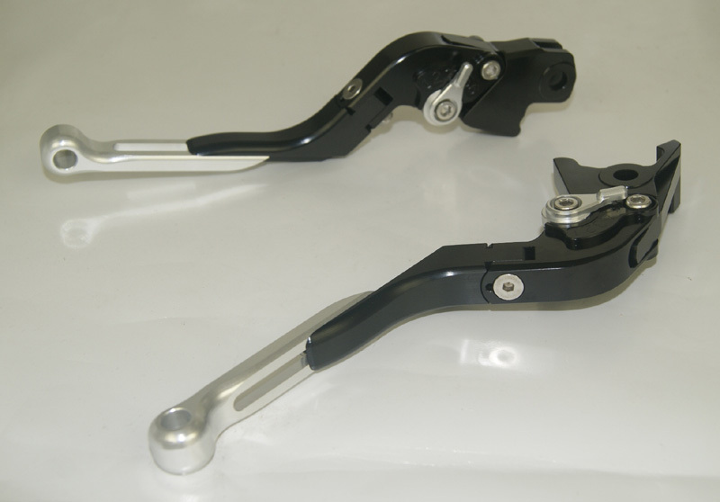 Motorcycle Brake Clutch Levers Adjustable Folding Extendable Silver+Black For BMW F800S F800ST F800GS F800R F650GS adjustable billet short folding brake clutch levers for bmw f 650 700 800 gs f650gs f700gs f850gs 08 15 09 10 f 800 r s st 06 15
