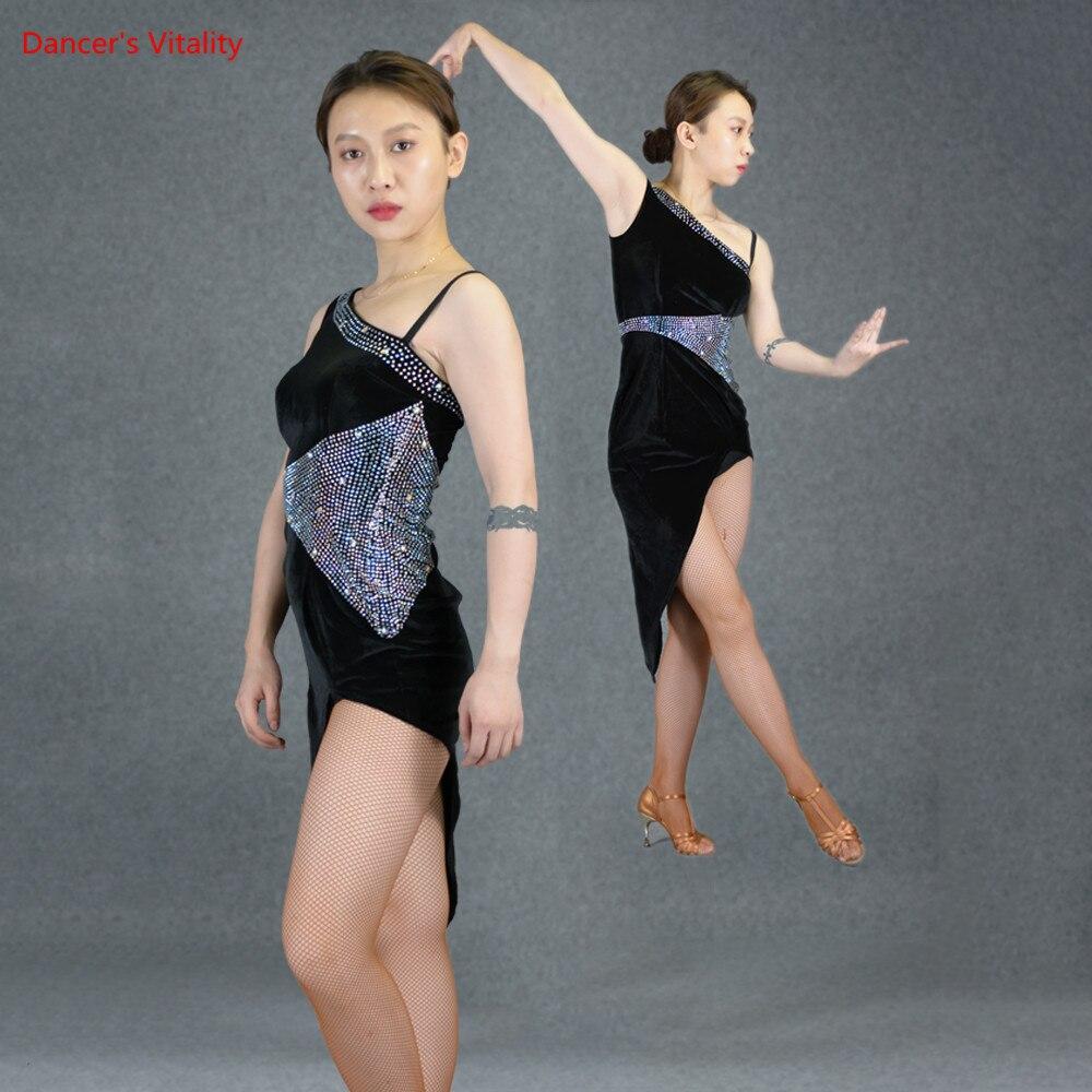 Senior Custom Latin Dance Dresses Glittering Diamonds Velvet Beveled Skirt Women Rumba Samba Cha Cha Dance Performance Costumes