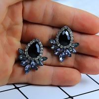 New Women's Fashion Earrings Rhinestone Gray/Pink Glass Black Resin Sweet Metal with Gems Ear Stud Earrings For Women e0139 1