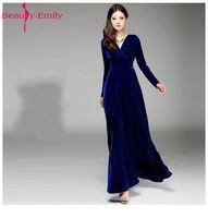 Beauty-Emily Scollo A V Manica Lunga Solido Scuro Abiti Da Damigella D'onore 2017 Cheap Viola Blu Nero Formale Prom Dresses Gowns per Le Donne