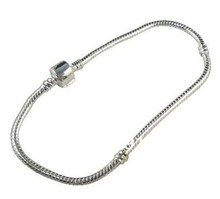 Hot !1 Pcs Tibet silver Snake Chain Bracelets Fit European Bead 20cm  bn1