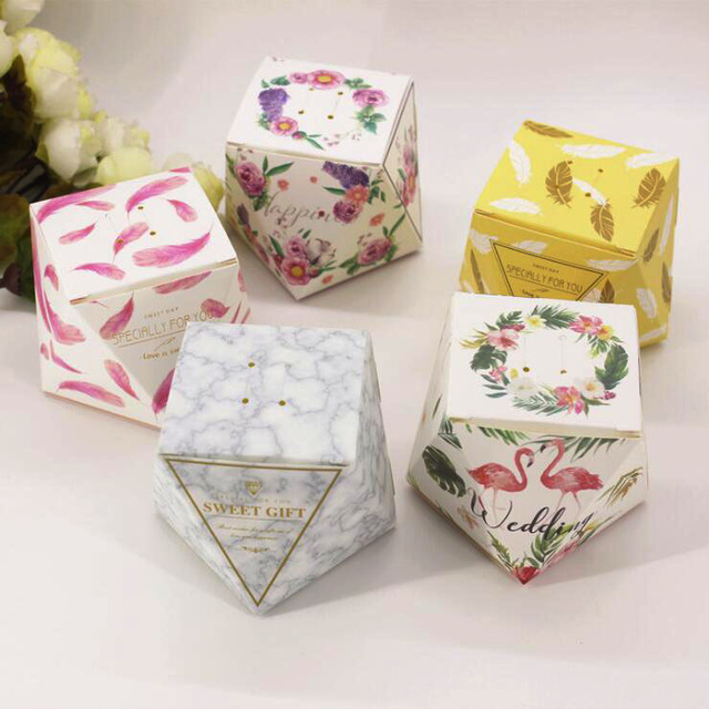 100pcs Creative Wedding Favours Box Party Gift Candy Paper Cookies Bags Event