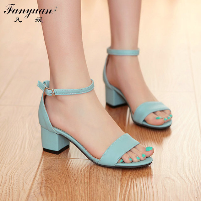 2017 Big Size 34-43 Fashion Thick Med Heels  Less Platform Sandal  For Women Sexy Casual Buckle Strap Summer Dress  Shoes