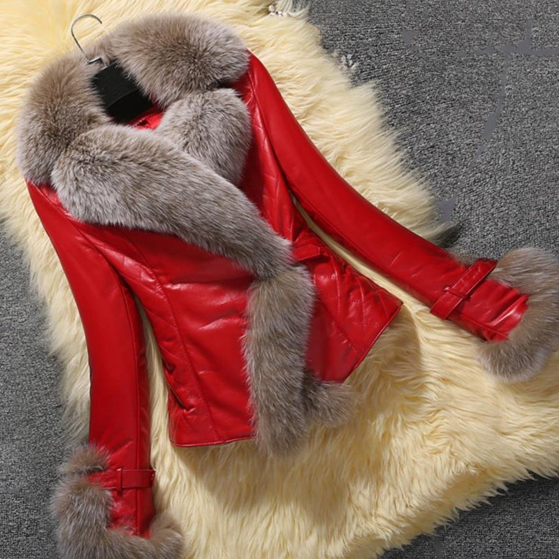 Winter New Vintage Slim PU Leather Jacket Female Faux Fox Fur Trim Short Coat Casual V Neck Thick Leather Jacket Plus Size
