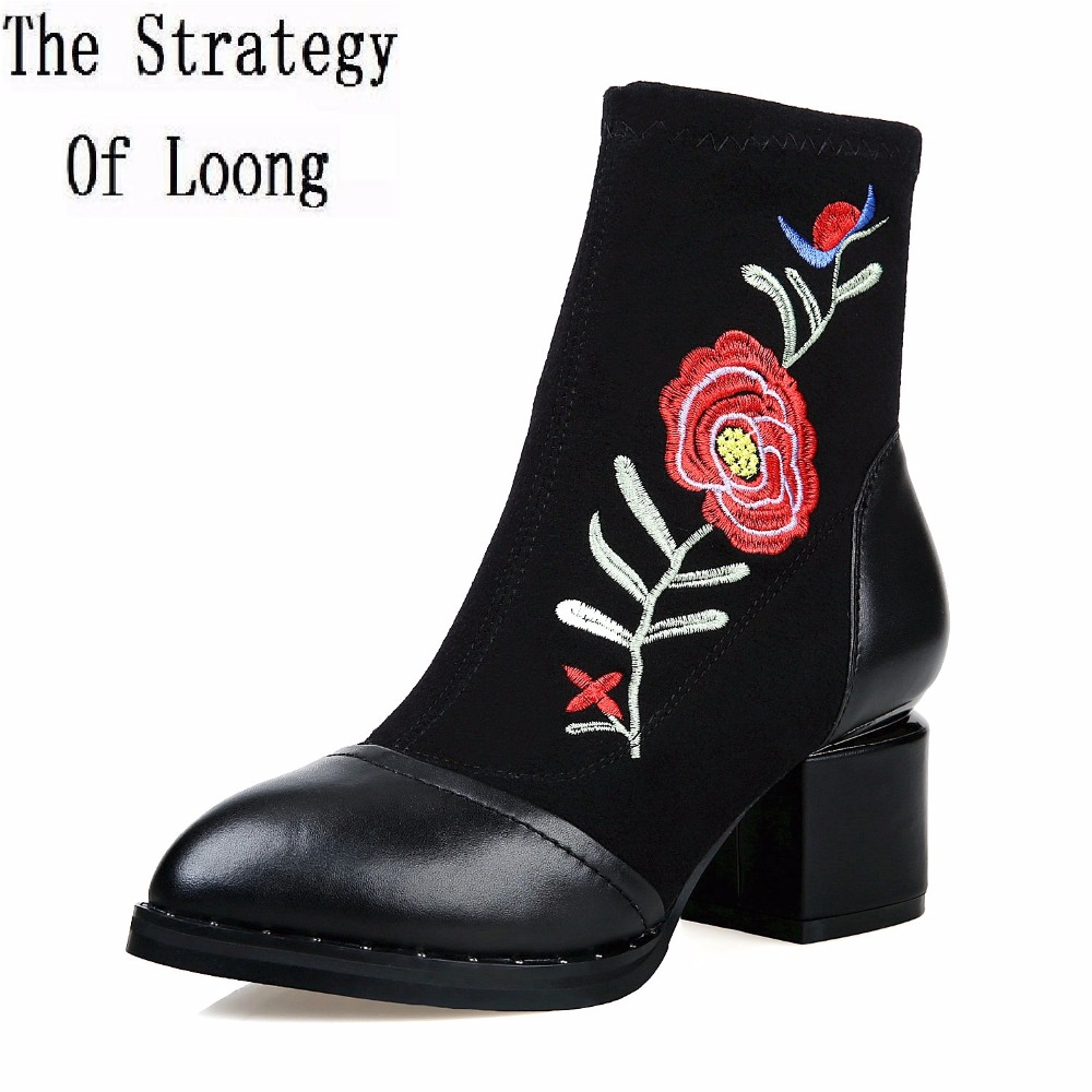 Women Geauine Leather Short Plush Thick Warm Ankle Boots Embroidery Flowers Short Boots No Plush Spring Autumn Boots 7 women patent leather lace up short plush thick warm ankle boots low heels fashion round toe no plush spring autumn boots 0221