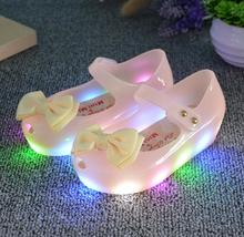 2017 New Arrivals Spring Summer Mini Baby LED Light Girls Sandals Princess Bow Kids Jelly Shoes PVC Flash Antiskid Toddler shoes