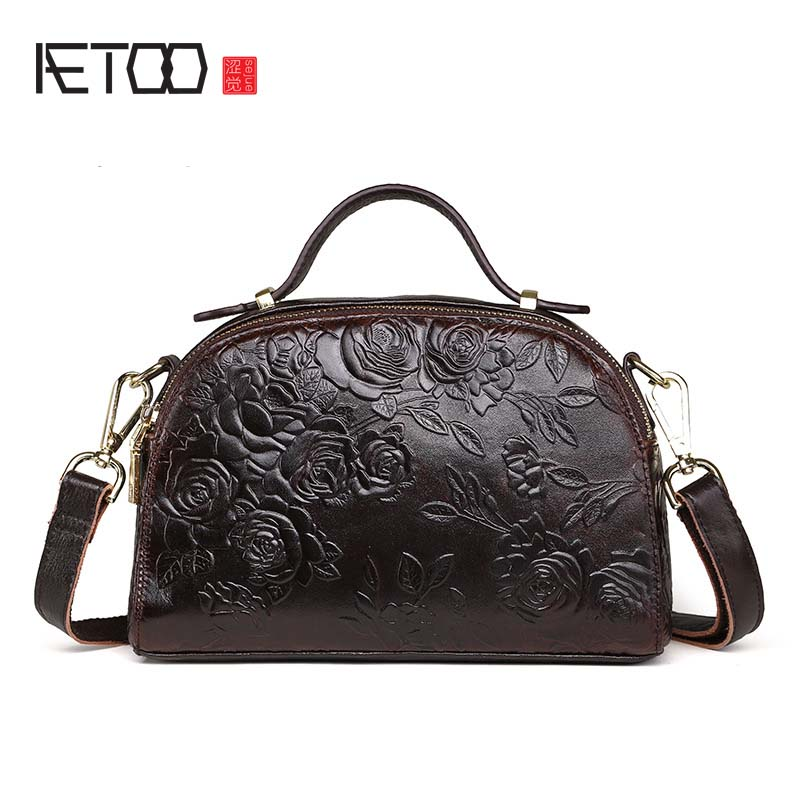 AETOO 17 New Arrival Oil wax Genuine Leather Women Handbags Fashion 3D embossed Crossbody Bags Female Handbag Trend Bag Bolsas aetoo 2017 new arrival oil wax genuine leather women handbags fashion embossed crossbody bags female handbag trend bag bolsas