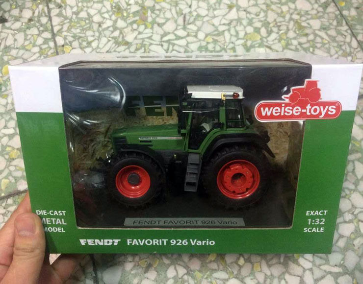Weise-toys 1/32 Scale Die-Cast Metal Model FENDT FAVORIT 926 Vario маршрутизатор zyxel p 791r v2