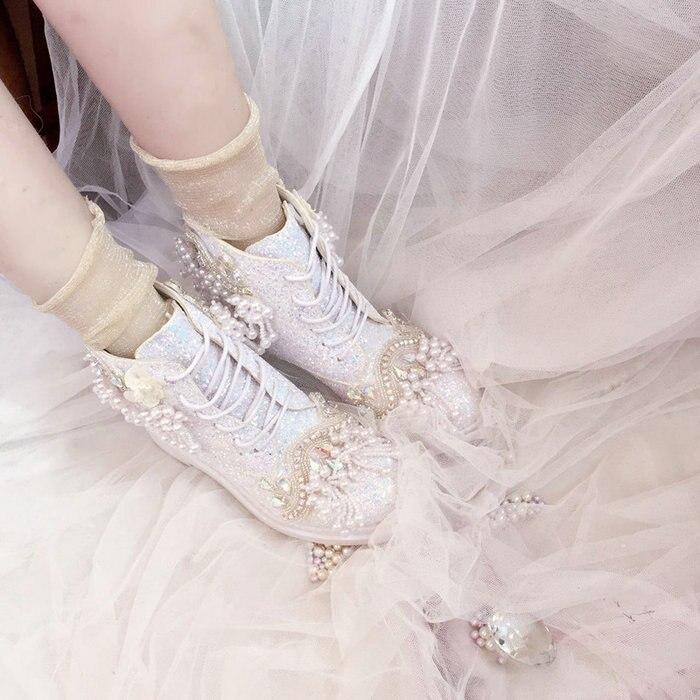 Ayakk.'ten Ayak Bileği Çizmeler'de Lüks Ayakkabı Düğün Botları Gelin Için Kişiselleştirilmiş Prenses Sequins Inciler Tatlı Lady Sonbahar Kış Kristal Renkli Bling Ayakkabı'da  Grup 2