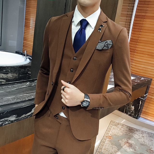 2017 Latest Coat Pant Designs Brown Men Suit Formal Slim Fit Skinny Suits Simple Custom Made Men Tuxedo 3 Pieces Homme Ternos