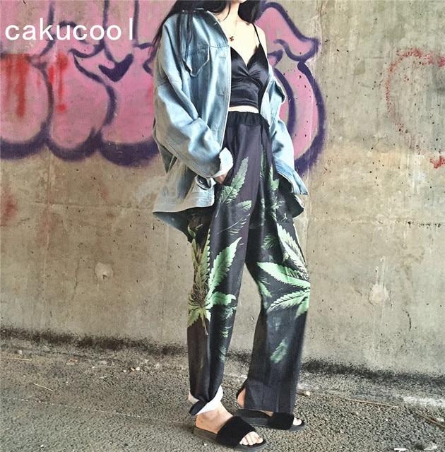 Cakucool Hot Summer Long Capris Vintage Harajuku Style Wide Leg Pant Leaf  Print Elastic Waist Beach Vocation Pants Trousers Lady-in Pants & Capris
