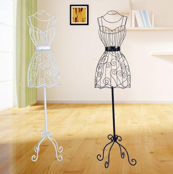 Wrought iron model frame, Women's mannequins
