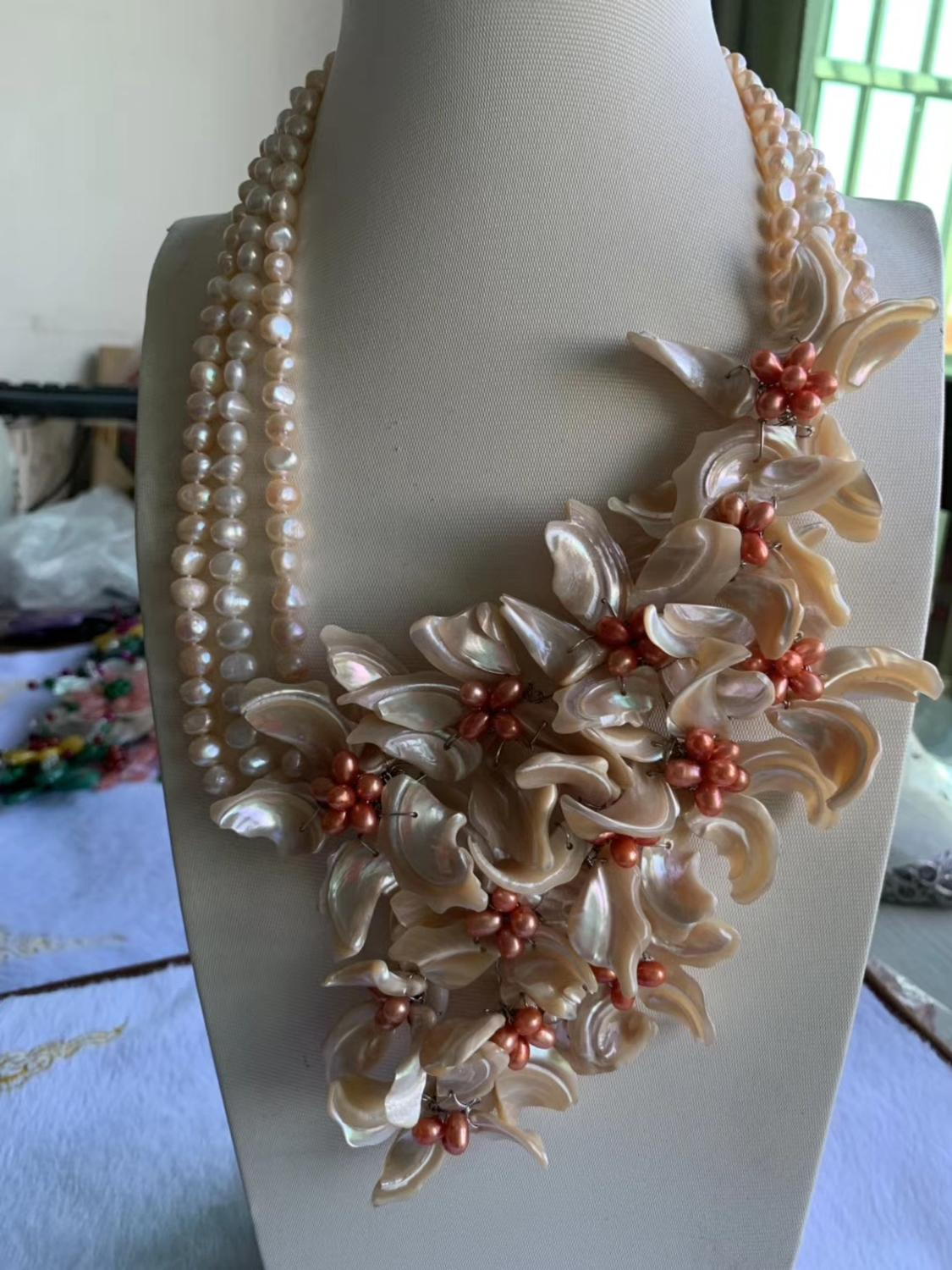 3rows freshwater pearl and sea shell  flower  necklace  17-19inch  wholesale beads nature FPPJ woman 2019 wedding necklace