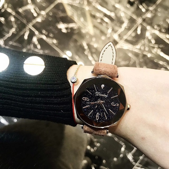 Dropshipping Fashion Starry Dial Diamond Glass Women's Watch Personality Brown Leather Strap Quartz Ladies Watch gift for women | Fotoflaco.net
