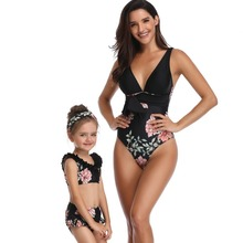 Mother Daughter One Piece Swimsuit Deep V Backless Sexy Swimwear Family Matching Clothes Women Bikini Parent-child May