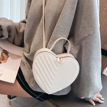 Fashion Heart Shape Patent Leather Striped Female Shoulder Bag Women Handbag Purse Flap Ladies Crossbody Messenger Bag Bolsa INS