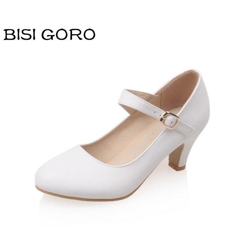 средний каблук туфли