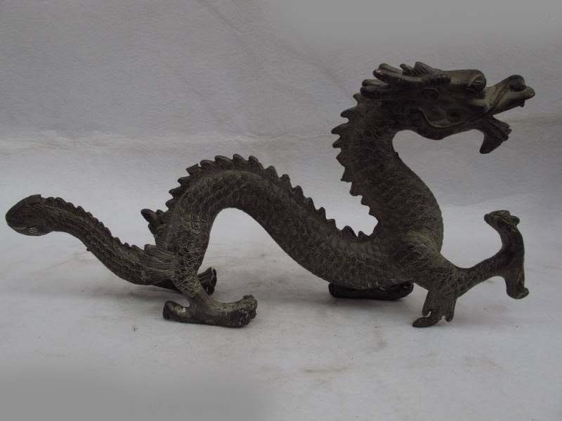 Chinese folk fengshui Bronze copper carved lucky fly Dragon play bead Statue SD 506Chinese folk fengshui Bronze copper carved lucky fly Dragon play bead Statue SD 506