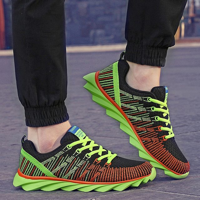 Lovers Sport Running Shoes Outdoor 2018 Breathable Comfortable Couple Shoes  Lightweight Athletic Sneaker For Men and Women a51005926e8