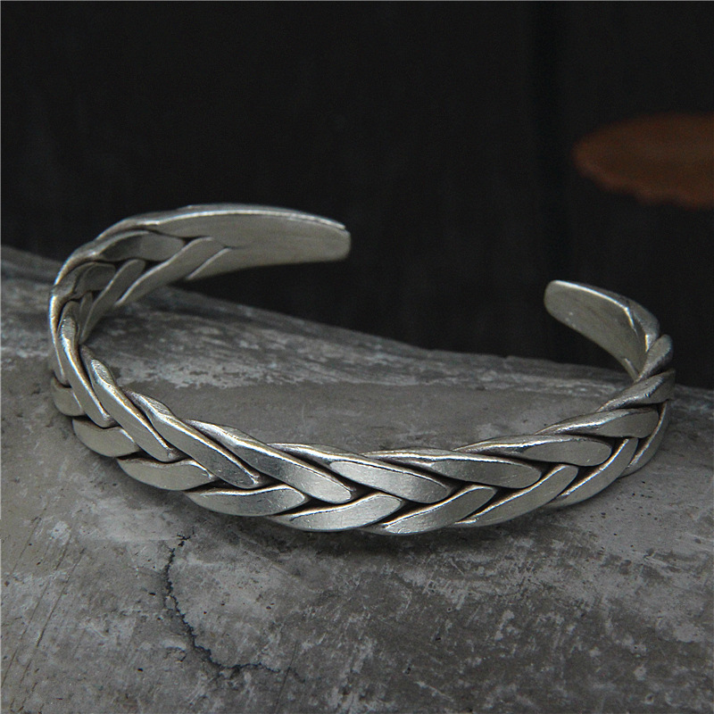 цены на 2018 Real Hot Sale Boys Bangle Retro Sterling S925 Woven Twist Bracelet, Chiang Mai Handmade Personality Bracelet And  в интернет-магазинах
