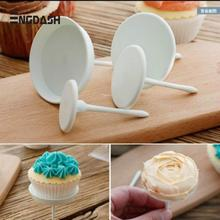ENGDASH 1pc Plastic Cake Flower Needle Cupcake Icing Cream Decorating Tool Nail Pastry Tools Home Kitchen Accessories