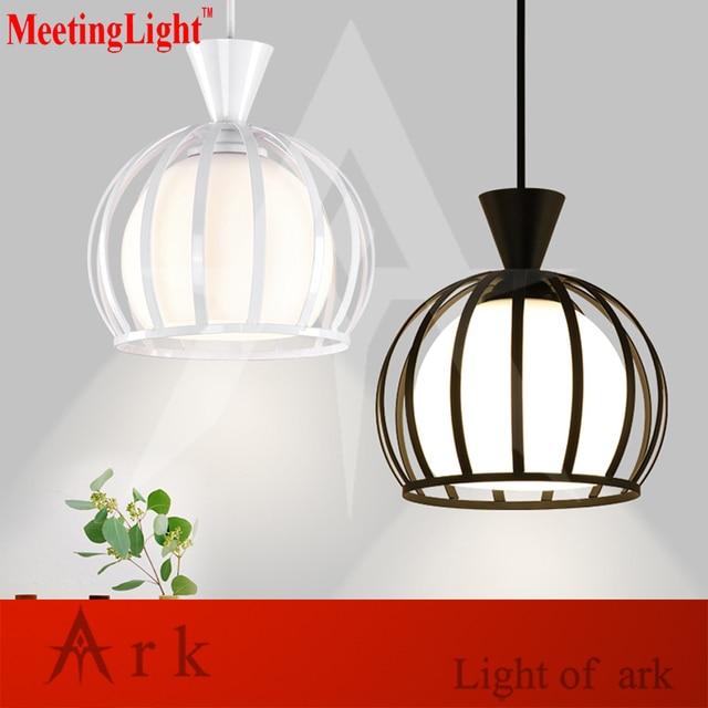 https://ae01.alicdn.com/kf/HTB1BNXXSpXXXXceXXXXq6xXFXXXn/Nordic-LOFT-Retro-binnenverlichting-Vintage-dia-16-cm-ijzeren-kooi-hanglamp-led-verlichting-eetkamer-LAMP.jpg_640x640.jpg