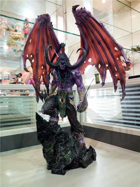 COMIC CLUB IN-STOCK wow Illidan 60cm height gk pvc statue contain led light figure for collection 1