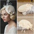 Fabuloso 2017 1 pc Pena Fio Duro Véu estilo ocidental Mulheres Noivas Acessórios Para o Cabelo headwear chapéus de casamento e fascinators