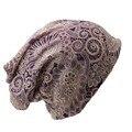 Nueva Casual Mujeres Sombrero de Poliéster Floral Otoño Invierno Casquillo de La Bufanda del Diseño Skullies Gorros Para Las Mujeres Señoras de La Manera Sombreros