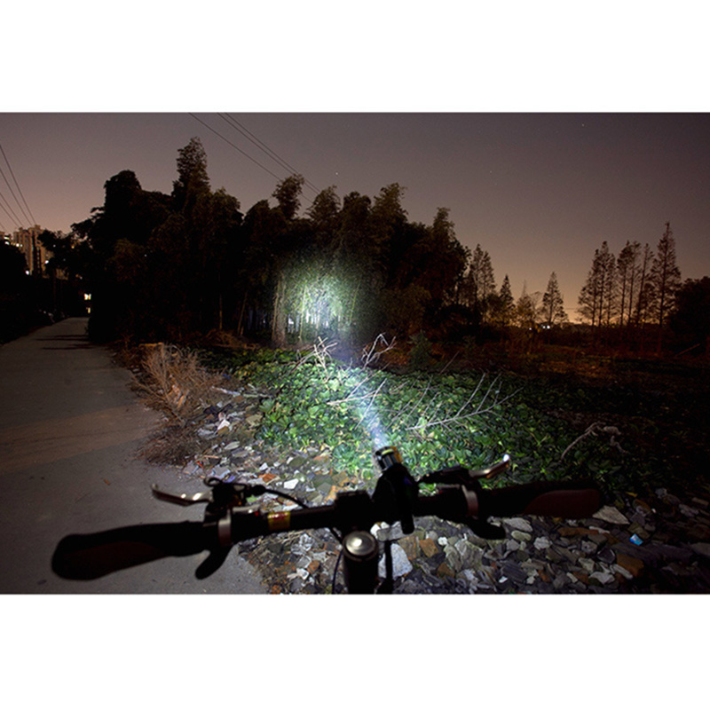 HOT ! Black Flashlight On a Bicycle Front Lights Lamp Headlight For Road Bike Accessories Luces Led Bicicleta Eclairage Velo