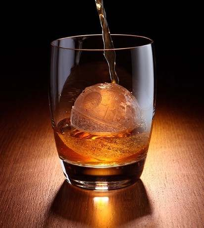 Set-of-2pcs-scotch-whisky-sphere-silicone-Ice-ball-maker-kotobukiya-star-wars-death-star-silicone.jpg_640x640q70.jpg