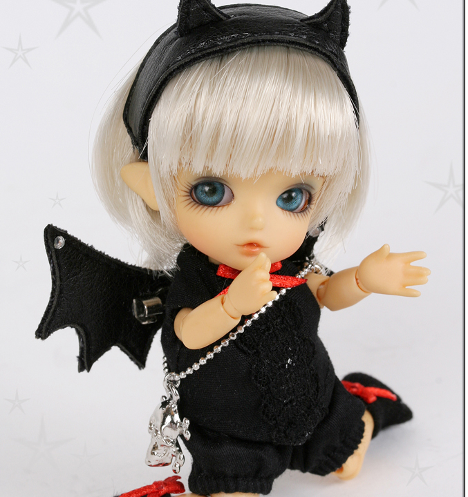 Free shipping Free shipping 1 8 bjd doll Laches