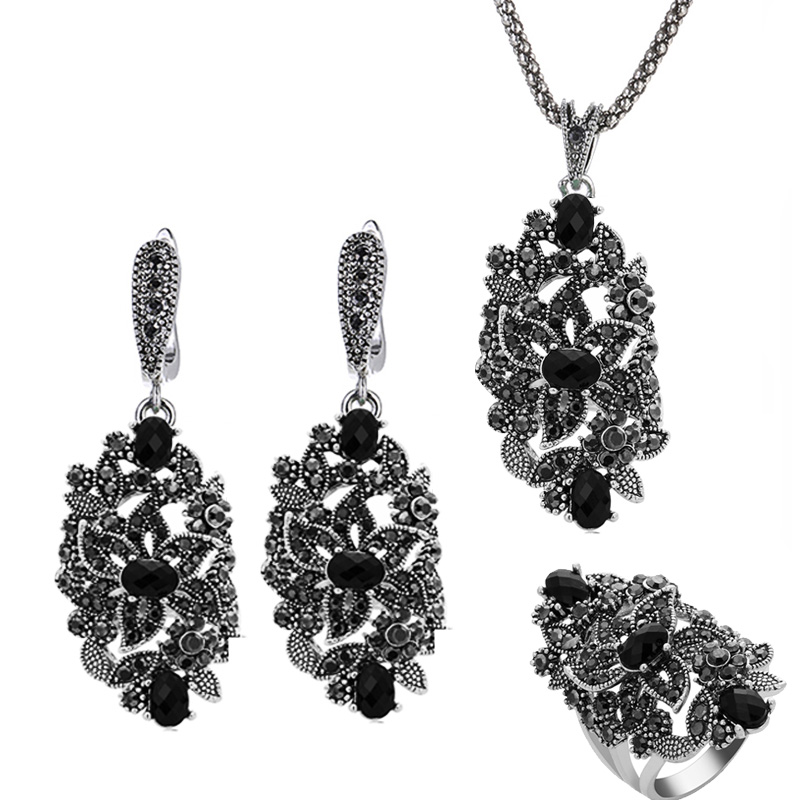 Ajojewel Brand Vintage Jewelry Sets For Women Black Crystal Hollow Flower Necklace Earrings Ring Jewerly a suit of vintage rhinestone artificial crystal necklace ring and earrings for women
