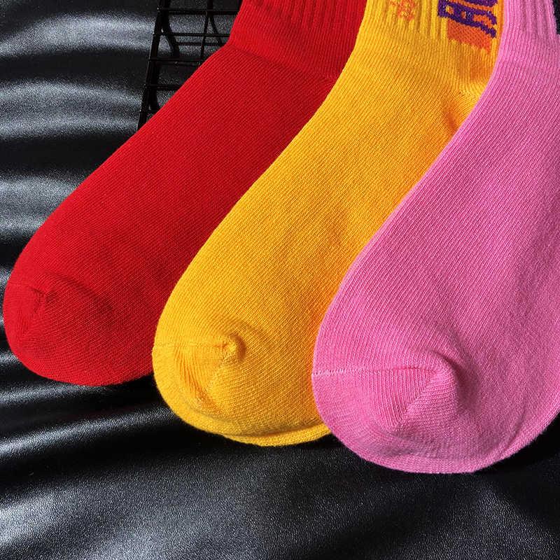 ネット赤女性靴下イントレンドストリートヒップホップ靴下綿汗快適な文字パターン
